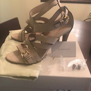 Burberry Aldborough Aviator 100 Sandal size 39